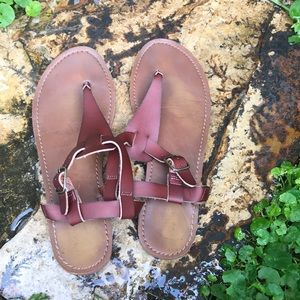 MOSSIMO BROWN SANDAL
